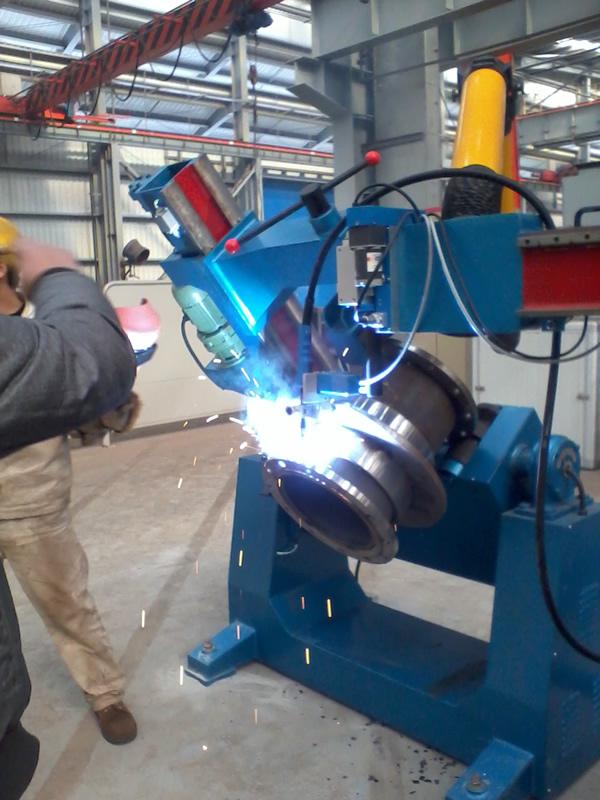 营口管法兰自动焊接机